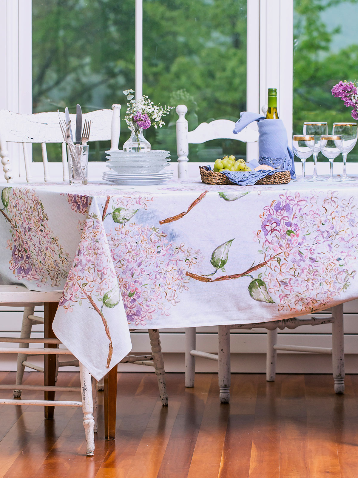 Beautiful Blooms Tablecloth