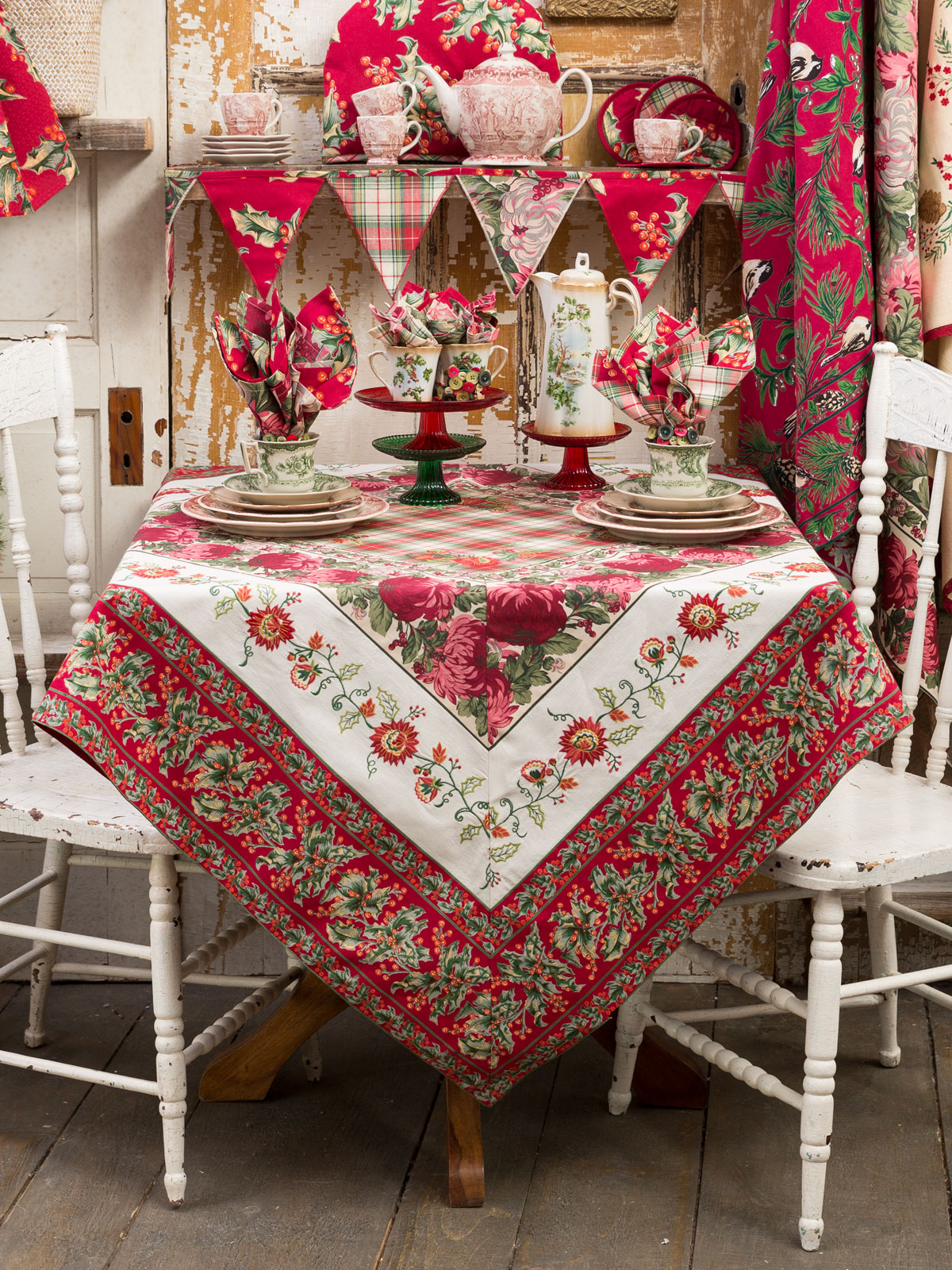 Christmas Tablecloths.Christmas Patchwork Tablecloth