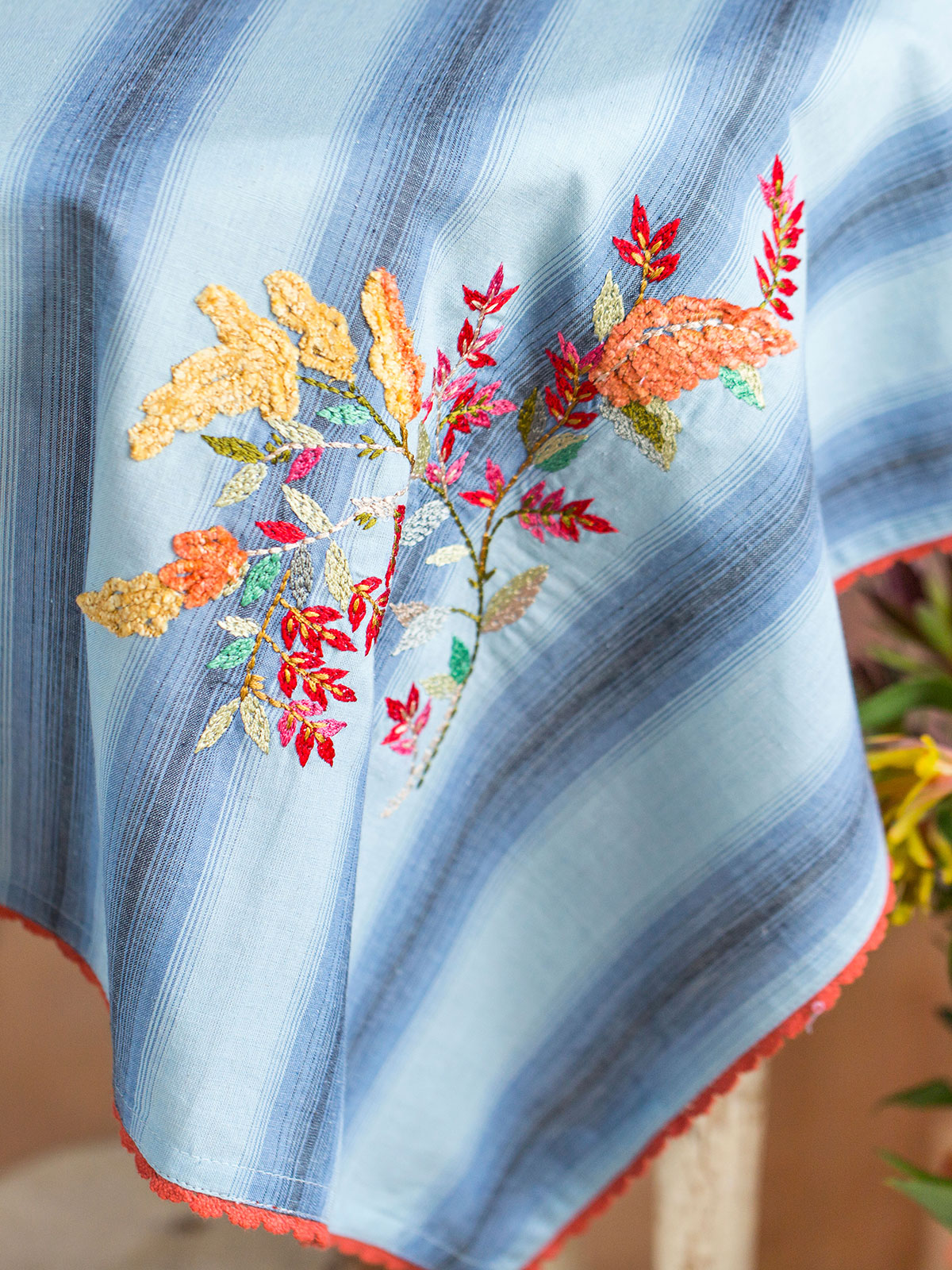 Goldenrod Emb Topper Cloth
