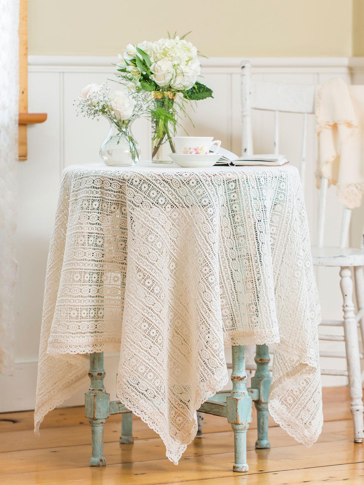 Lillian's Lace Topper Cloth