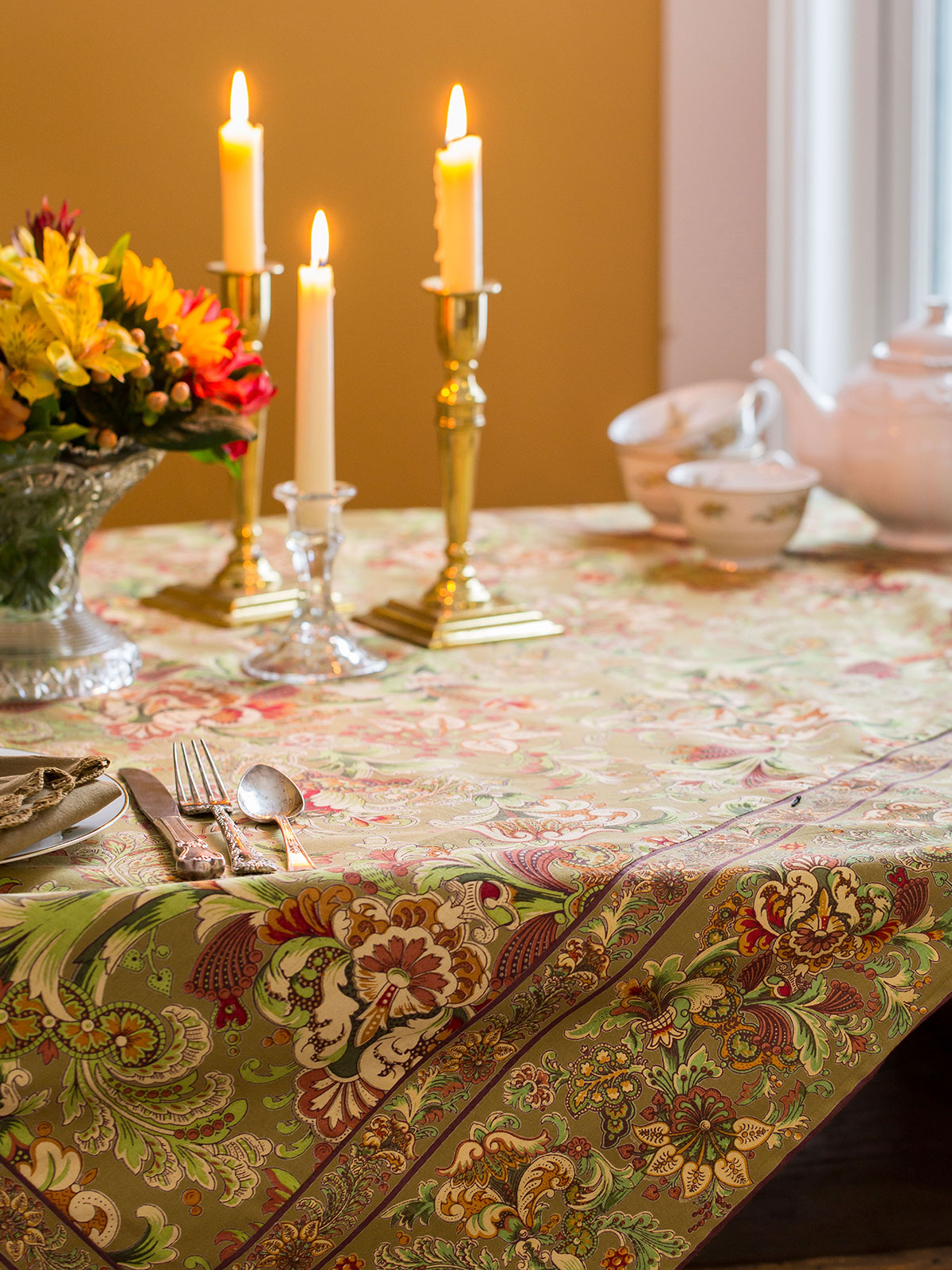 Jacob's Court Tablecloth