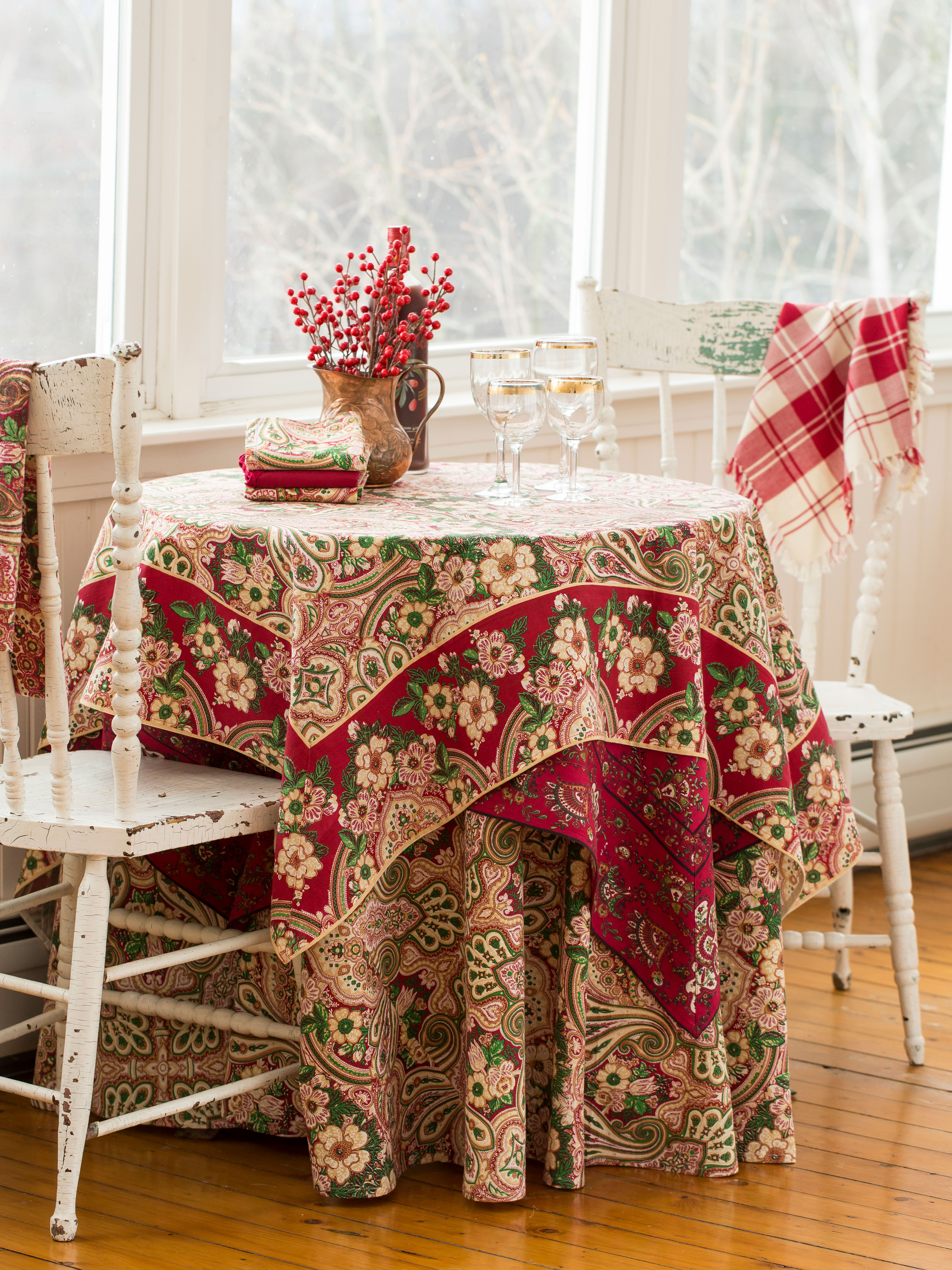 Kashmere Paisley Tablecloth