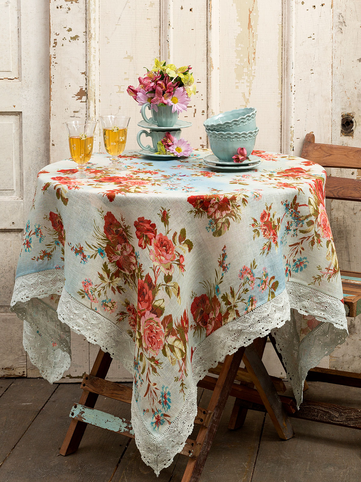 heirloom rose linen tablecloth linens kitchen tablecloths beautiful designs by april cornell. Black Bedroom Furniture Sets. Home Design Ideas