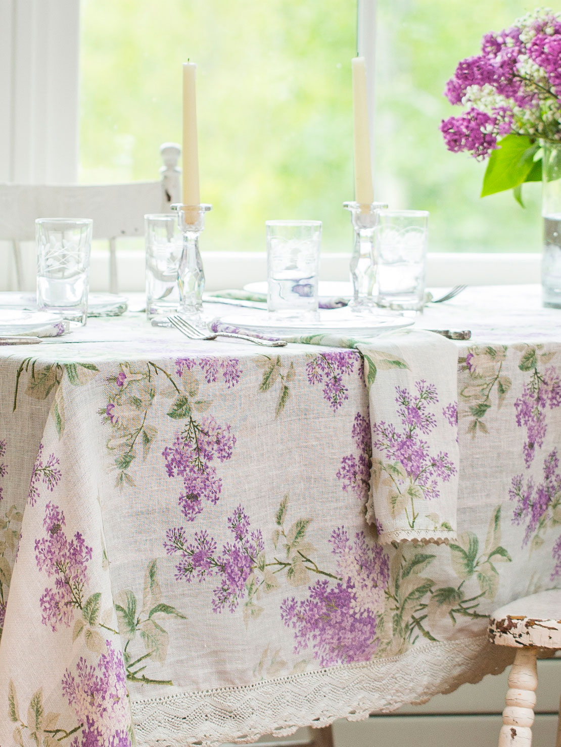 Alternate2 · Lilah Linen Tablecloth