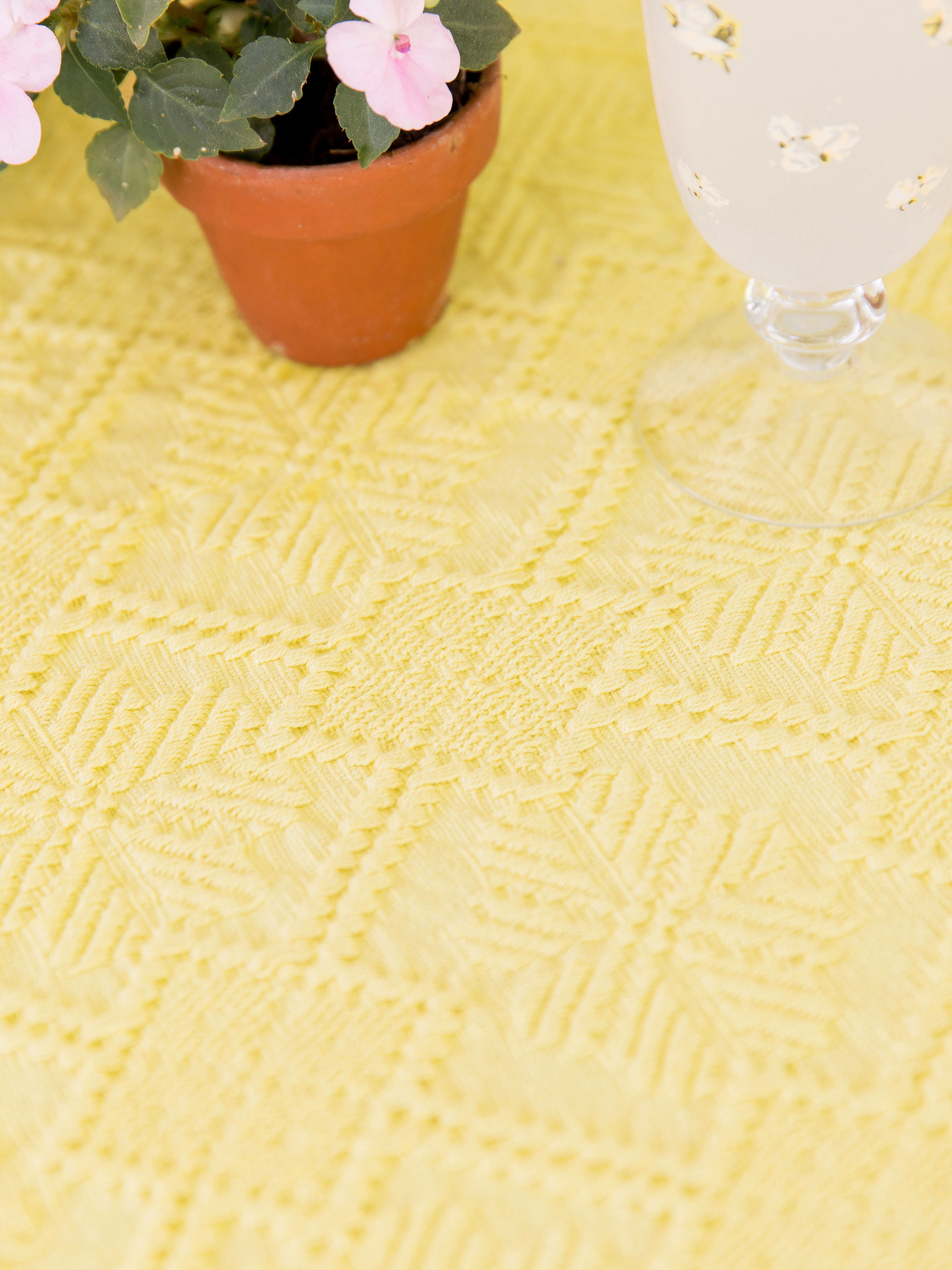 Etonnant Homespun Matelasse Tablecloth
