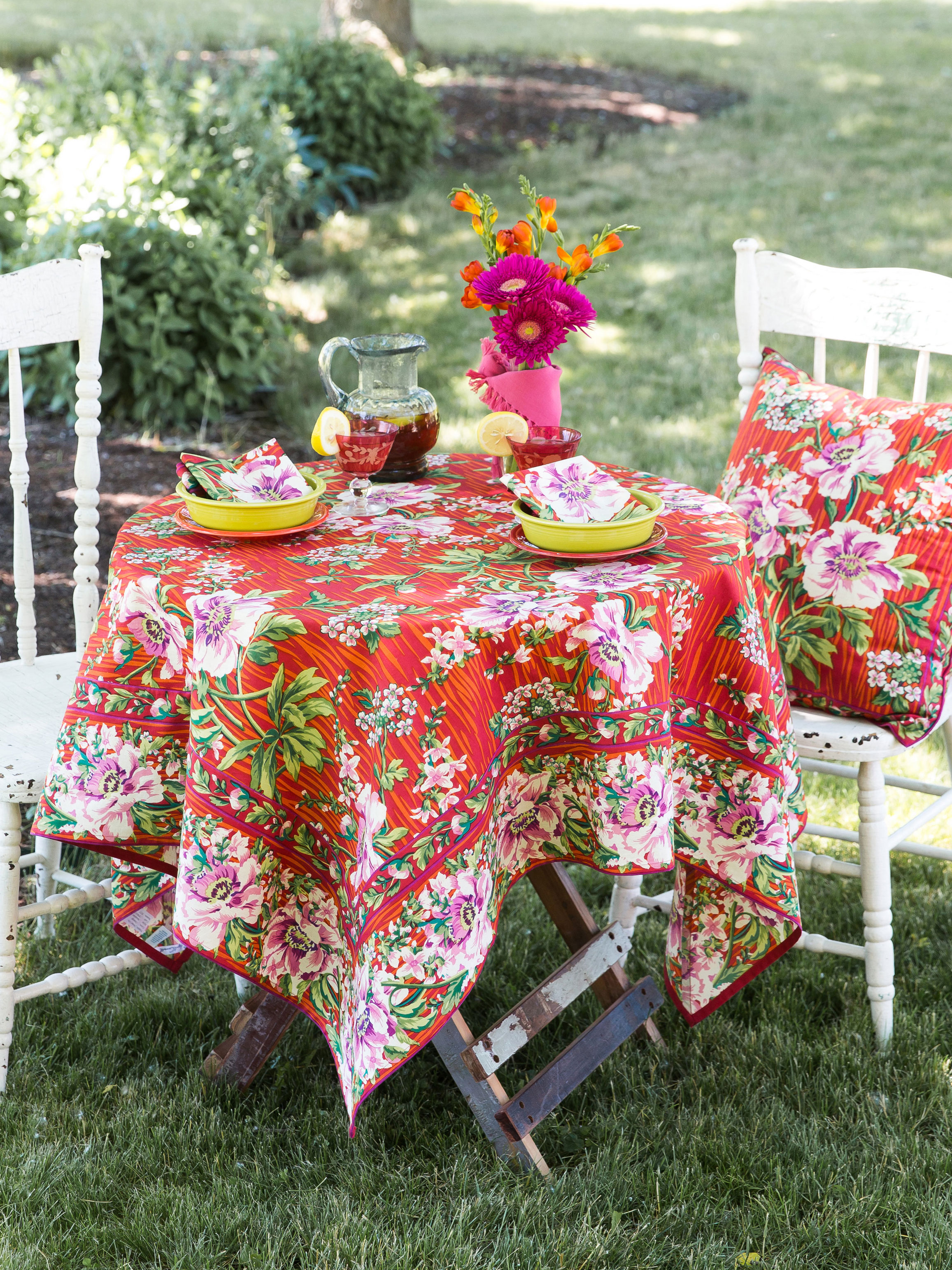 Superb Water Lily Tablecloth