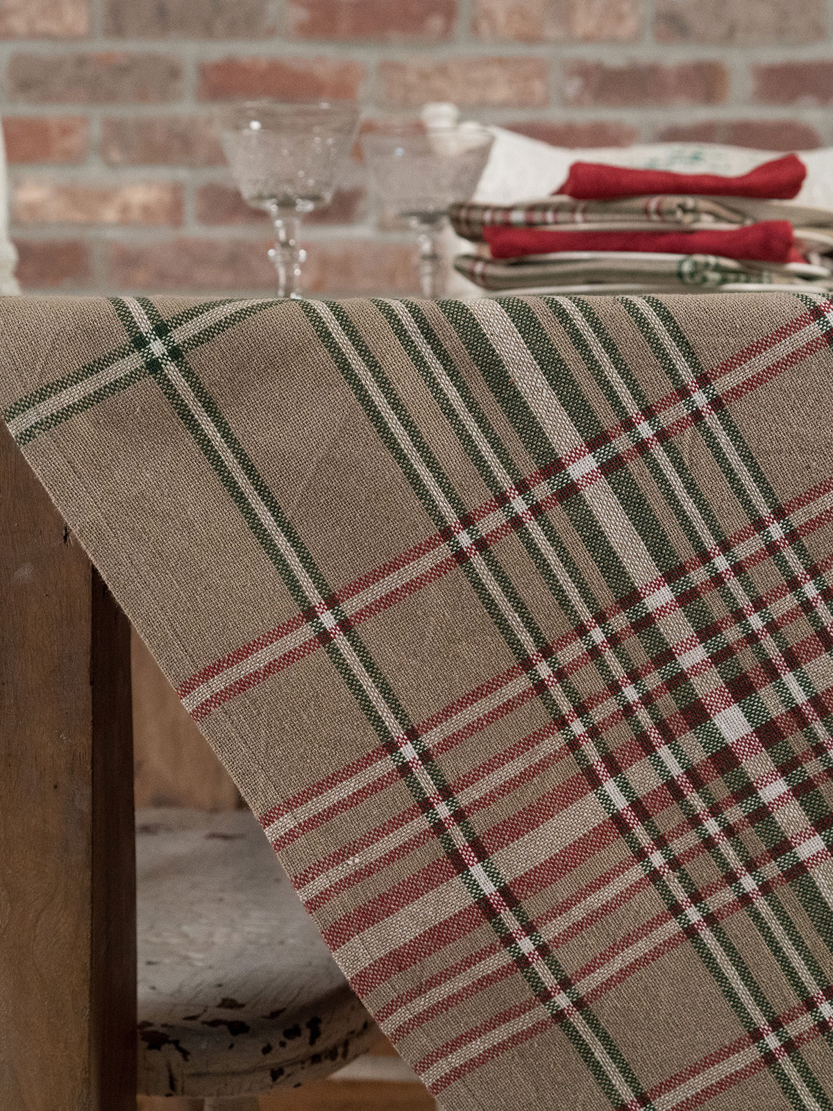 homespun christmas plaid tablecloth - Christmas Plaid