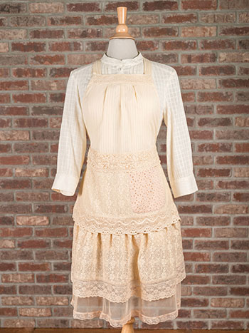 Romantic Embellished Apron - Antique