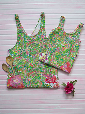 Garden Patchwork Mommy and Me Aprons