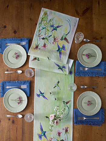 Hummingbird Runner Napkin Bundle