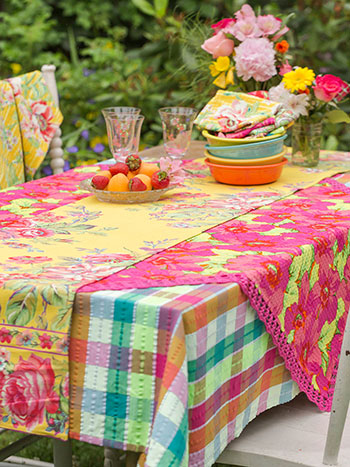 Hothouse Layered Table Set