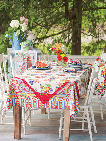 Picnic Patchwork Layered Table Set