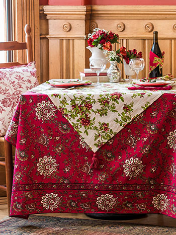 Joyful Christmas Layered Table Set