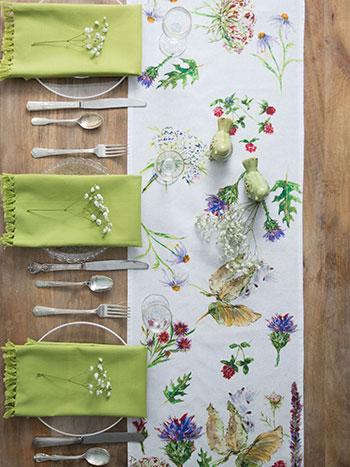 Field Flowers Watercolor Table Set