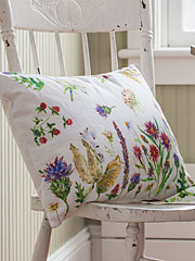 Field Flower Cushion