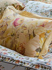 Beckoning Bocas Linen Cushion