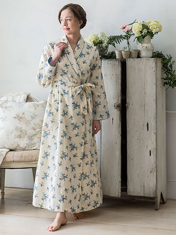 Shy Rose Dressing Gown