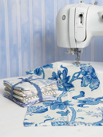 Peaceful Blues Fat Quarter Bundle