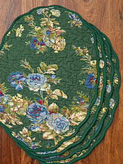 Heirloom Rose Placemat Quilted Set/4 - Green