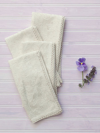Luxurious Linen Jacquard Napkin Set of 4 - Linen