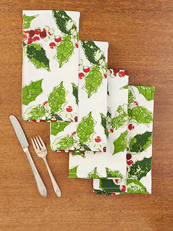 Jolly Holly Napkin Set of 4
