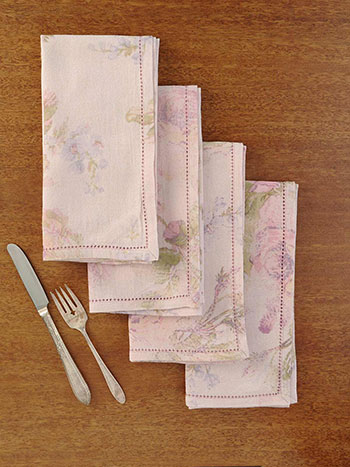 Victorian Rose Napkin Set of 4