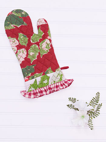Merry Maker's Patchwork Oven Mitt