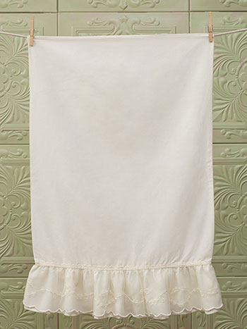 Angelic Lace Pillowcase - Ecru
