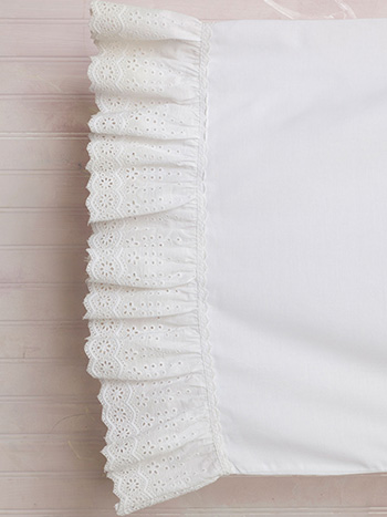 Evie Eyelet Pillowcase