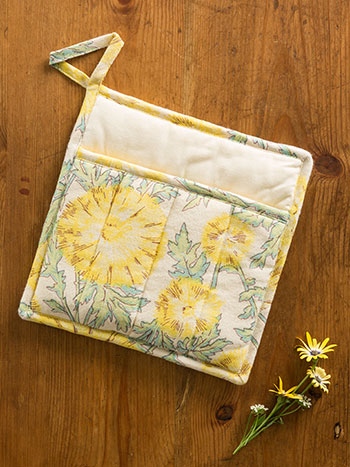 Dandelion Dreams Pocket Potholder