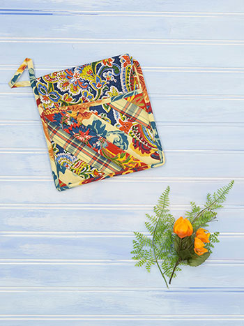 Kindred Patchwork Pocket Potholder Set