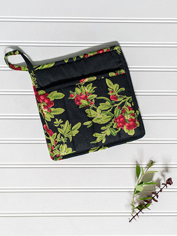 Mistletoe Pocket Potholder