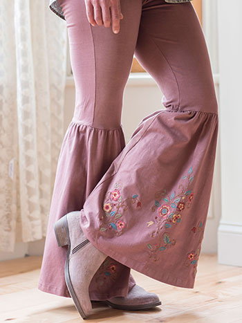 Tapestry Bell Bottom Legging