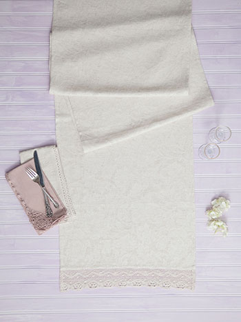 Luxurious Linen Jacq Runner