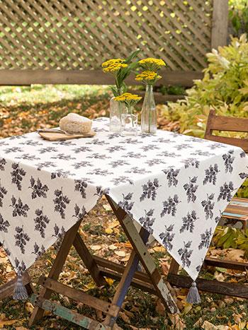 Acorn Tablecloth