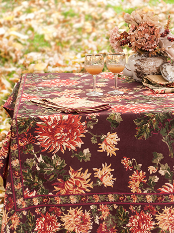 Antoinette Tablecloth - Chocolate