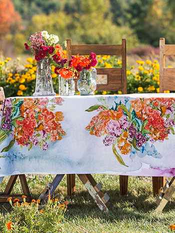 Bountiful Bouqet Tablecloth