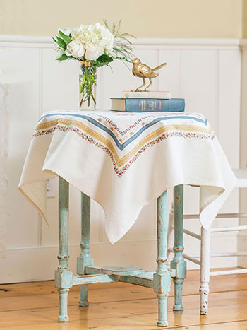 Chalet Embroidered Topper Cloth
