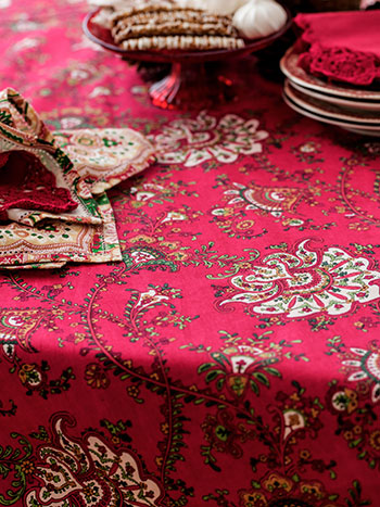 Empress Paisley Tablecloth
