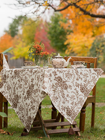 Felicity Tablecloth