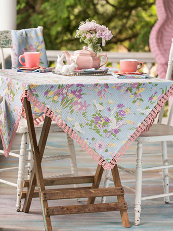 Friendly Honeycomb Tablecloth