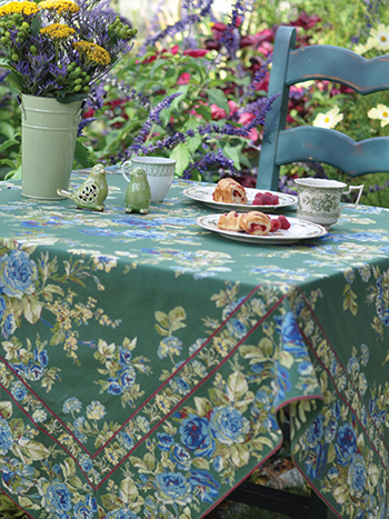 Heirloom Rose Tablecloth - Green