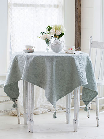 Antoinette Matelasse Tablecloth