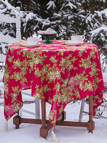 Mistletoe Tablecloth