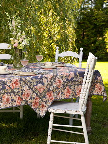 Rose Nouveau Tablecloth - DustyAmethyst