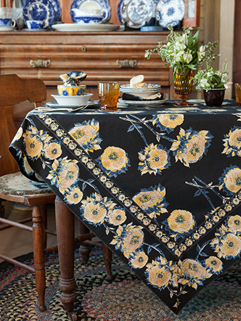 Sun Follower Tablecloth - Black