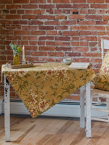 Camelia Waffle Tablecloth