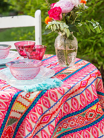 Siesta Woven Tablecloth
