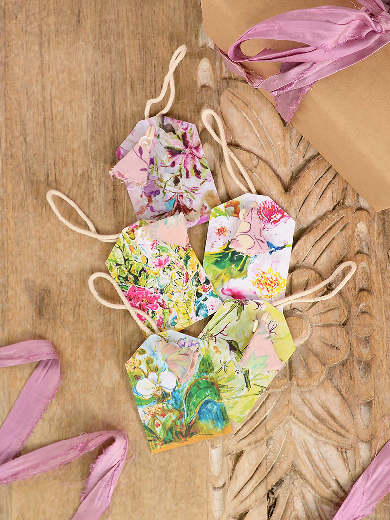 Set of 5 colorful gift tags.