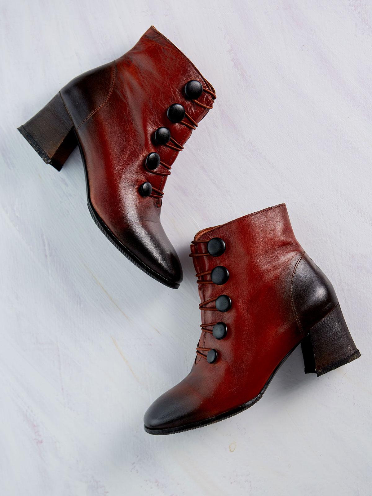 Mitzie Boot
